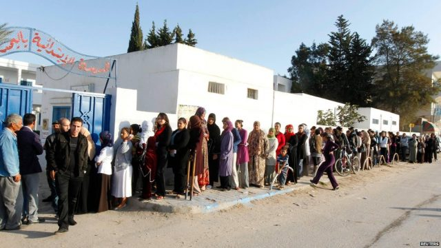 Tunisia: vote for Constituent Assembly may be delayed for three months