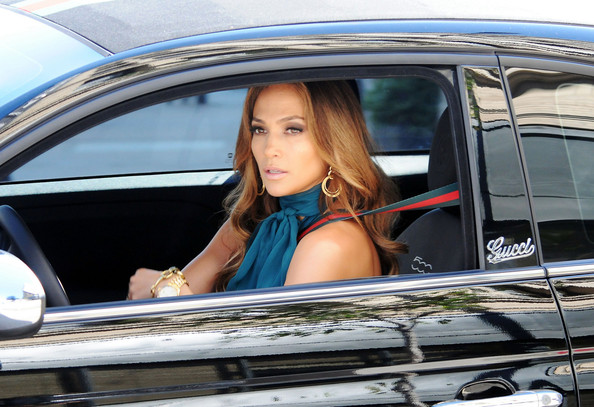 J.Lo asked to renounce Fiat for dealings with Iran