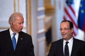 France's President Francois Hollande (R) and US Vice President Joe Biden (L) give a press conference after a meeting at the Elysee Palace, on February 4, 2013 in Paris.