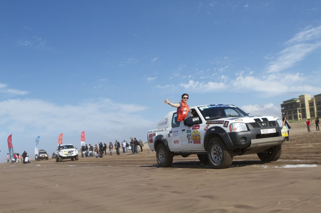 Departure of rally Aicha des Gazelles (Picture by Helene Clemenson for Morocco World News)