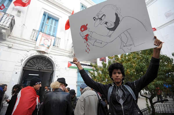 The Arab Spring's fallen leaves: unfinished revolutions back to the streets