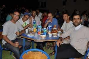 Winds of Change Association Organizes Iftar for Dar Lakbira Inhabitants in Kenitra