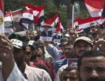 Thousands rally for Morsi in Israel