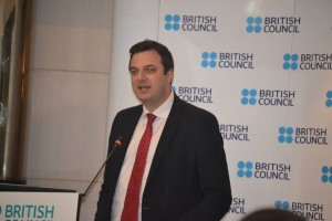 Mr Alan Gogbashian giving a talk about the 800 anniversary of the bilateral relation between the UK and the Kingdom of Morocco. Photo by Morocco World News