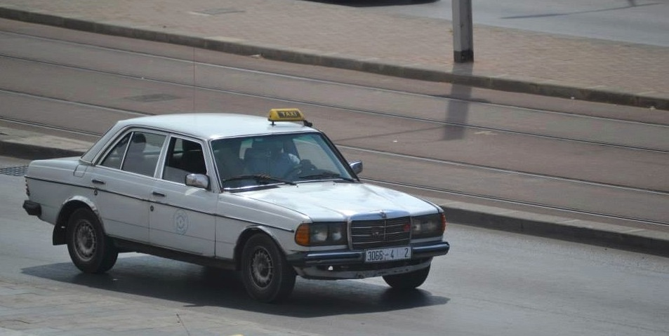 Taxi cab in Sale, Morocco. Photo by Morocco World News