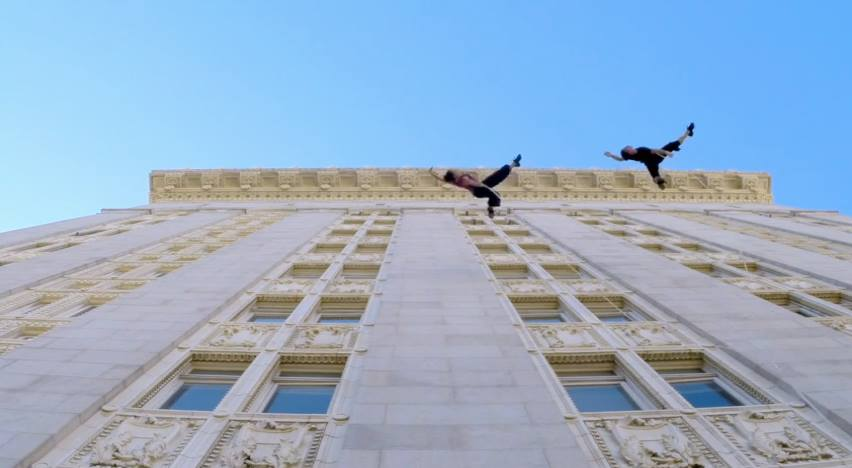 Aerial Dance- Vertical Choreography on Oakland's City Hall