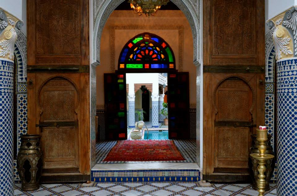 Old designed wooden doors of Riad Yakout in Fez Medina. Photos by Isabella Bernal, Morocco World News