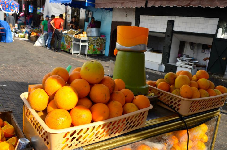 One of the main products of Moroccan agriculture is oranges which is why in any city in the entire country you can wake up with a large glass only for 3 dirhams.