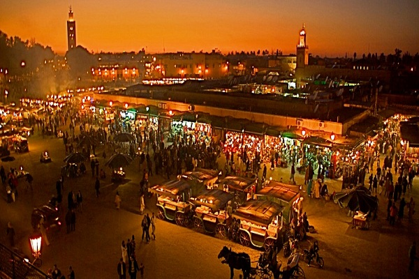 marrakech-square-at-night-2