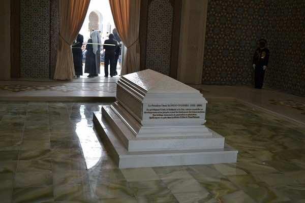 Presentation-officielle-du-Mausolee-Omar-Bongo-Ondimba-
