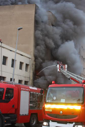 Blaze rips industrial unit in Casablanca 1