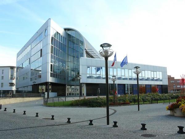 the University of Paris 13 in Villetaneuse