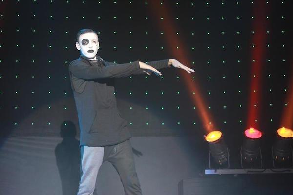 Oussama El Khairi, a Dancer Out of Nowhere