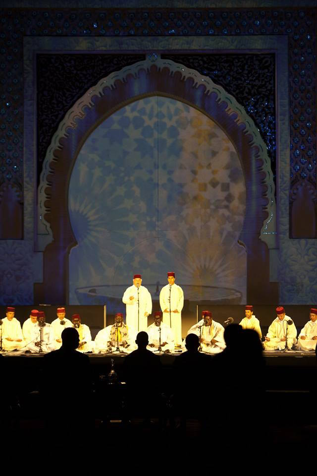 traditional Andalusian music with vocals and oud, a full ten-piece orchestra of balafons. Photo by Omar Chennafi