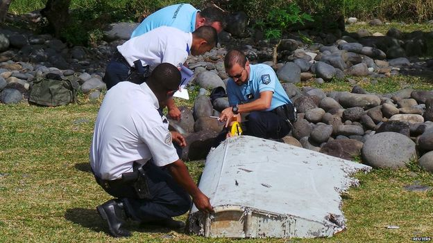 MH370: Aircraft debris discovery likely from Boeing 777