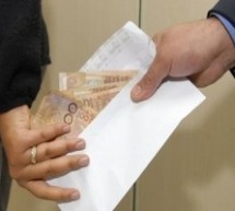 48 Percent of Moroccans Paid Bribes for Public Services in Last 12 Months