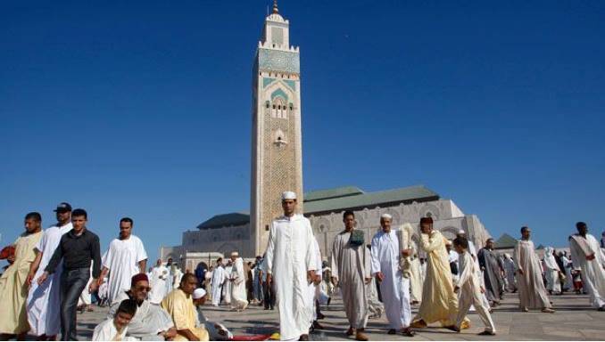Prayers at Hassan II mosque in Casablanca