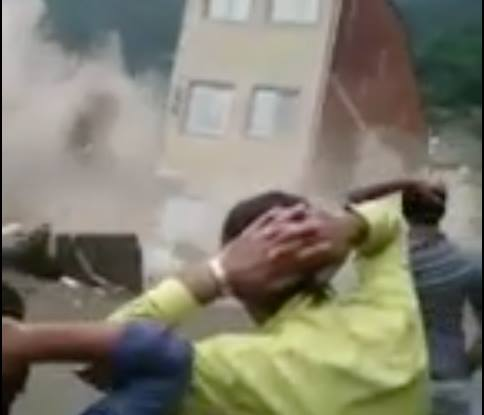 Video: Building Collapses after Heavy Rain