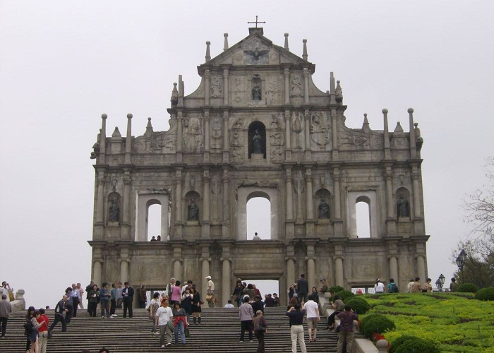 he Ruins of St. Paul's refers to the ruins of a 16th-century complex in Macau including of what was originally St. Paul's College and the Church of St.