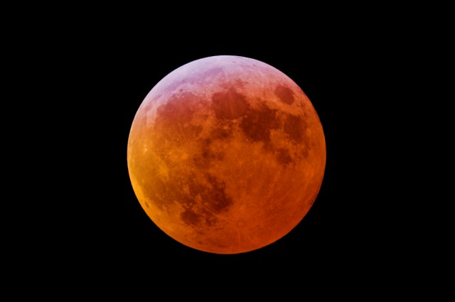 Last Supermoon Eclipse of the Next Two Decades to Occur Sunday