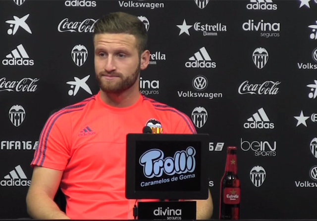 Spain: Muslim Football Player Forced to Appear With Beer at Press Conference