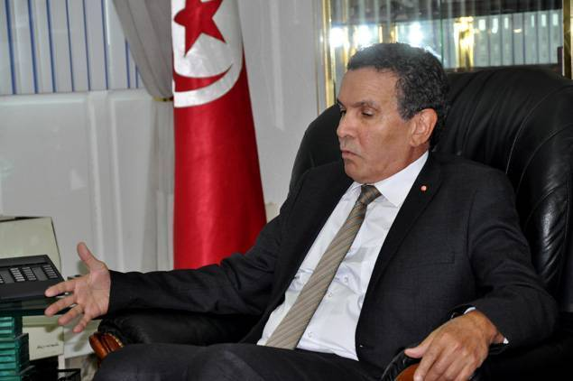 Tunisian Defense Minister Blames Algeria for Tunisia's Terrorist Attacks