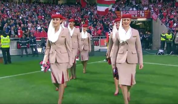 Video- Emirates Crew Demonstrates Safety Procedures for 65,000 Benfica Fans