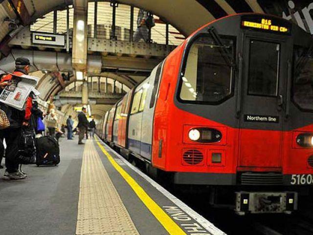 British Man Pushes Muslim Woman Into Path of Oncoming Subway Train