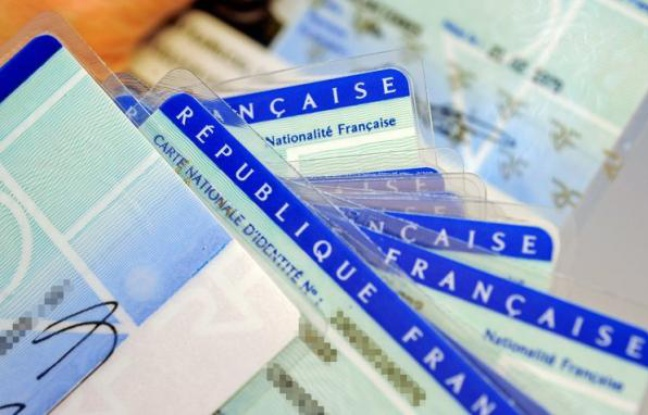 French Debate Over Stripping French citizenship of Bi-nationals Convicted of Terrorism