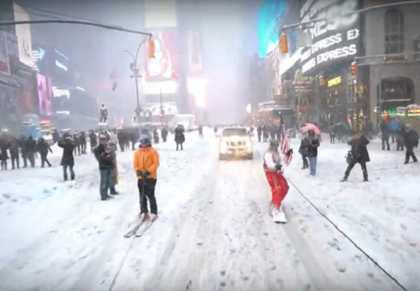 Neistat snowboarding on the street of New York
