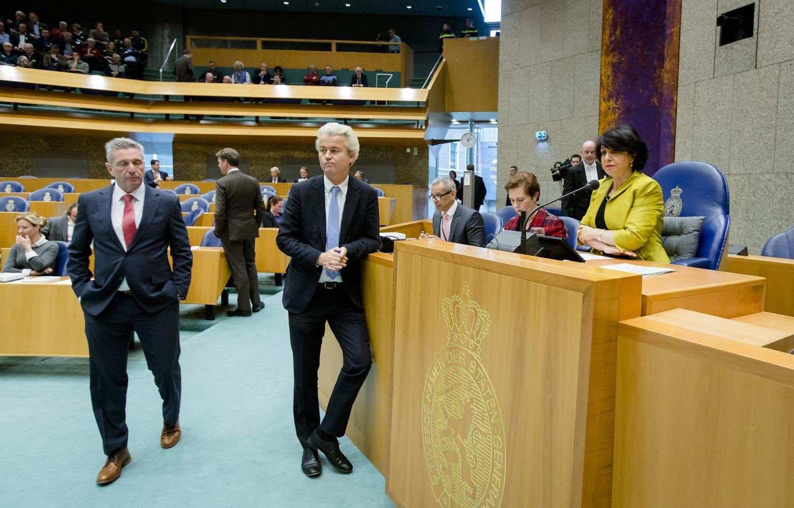 Geert Wilders (C) Khadija Araib (R). Photo credit: ANP