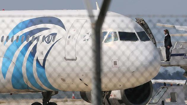 Man Hijacks Egyptian Airplane Over Ex-wife