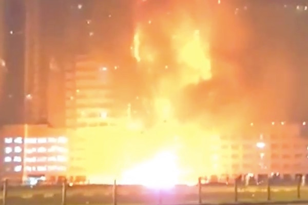 Video: Huge Blaze Hits UAE Residential Towers