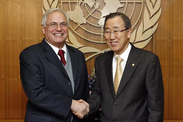 Ban Ki-moon andn Christopher Ross