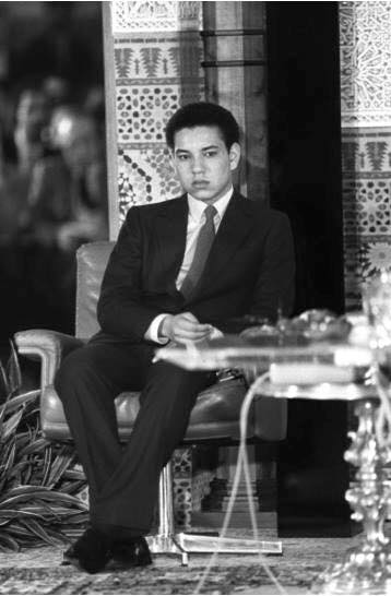 KIng Mohammed VI as a grown up addult wit official dress