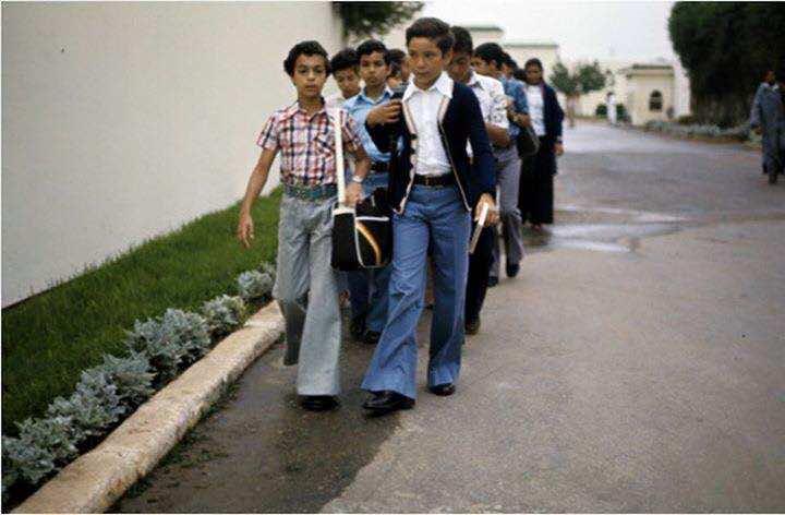 KIng Mohammed VI when he wa a little kid at school