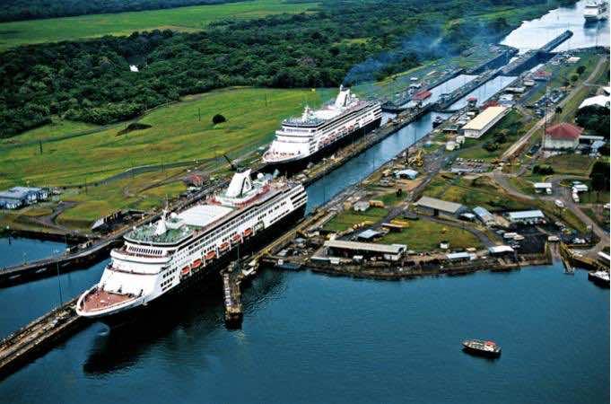 Panama, world fiscal paradise