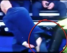 Video: Zidane Rips his Pants in Match Against Wolfsburg
