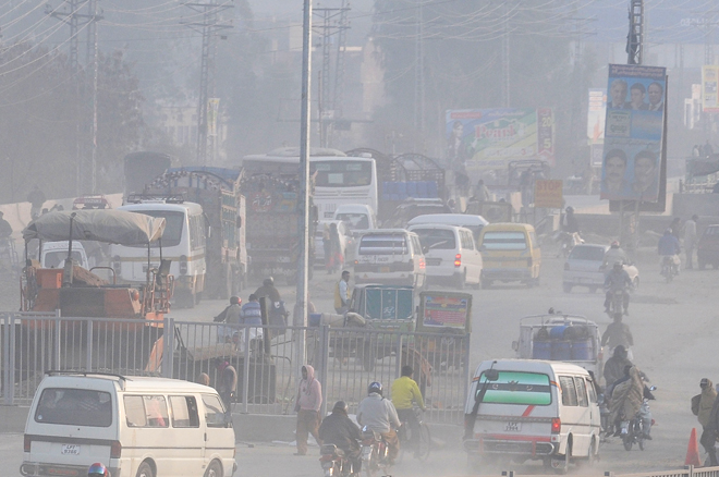 an essay on pollution in pakistan Serious risks of irreversible damages are present due to air and water pollution, mismanagement of solid waste and destruction of fragile ecosystems with an estimated 37 percent of its population living in cities, pakistan.