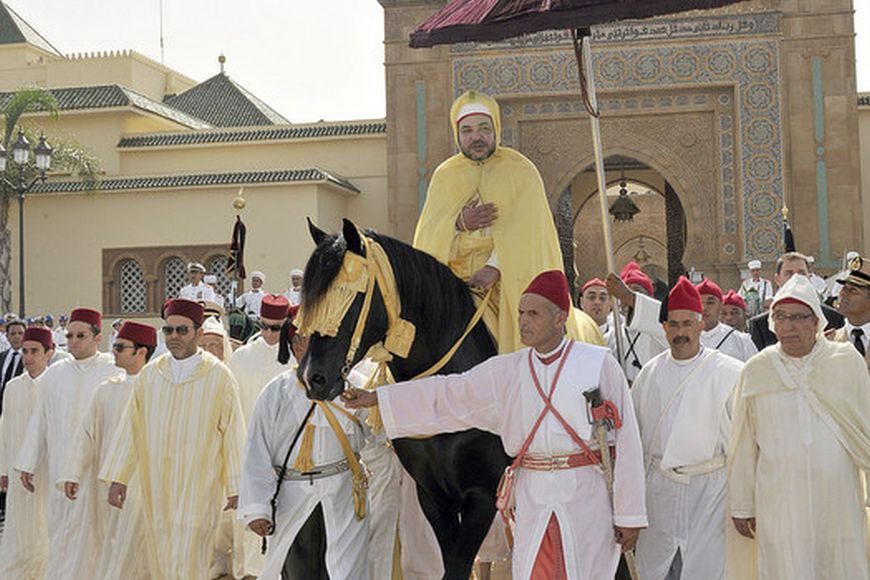 "King Mohammed VI of Morocco (C) parades on horseback during the ""Celebration of loyalty and allegiance"", which marks the 13th anniversary of his accession to the throne, in the Mechouar square at the Royal Palace in Rabat, August 21, 2012. Picture taken on August 21, 2012. (MOROCCO - Tags: POLITICS ANNIVERSARY ROYALS ENTERTAINMENT) FOR EDITORIAL USE ONLY. NOT FOR SALE FOR MARKETING OR ADVERTISING CAMPAIGNS. THIS IMAGE HAS BEEN SUPPLIED BY A THIRD PARTY. IT IS DISTRIBUTED, EXACTLY AS RECEIVED BY REUTERS, AS A SERVICE TO CLIENTS"