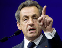 Sarkozy Lauds Morocco's Stability, Expresses Concern about Algeria