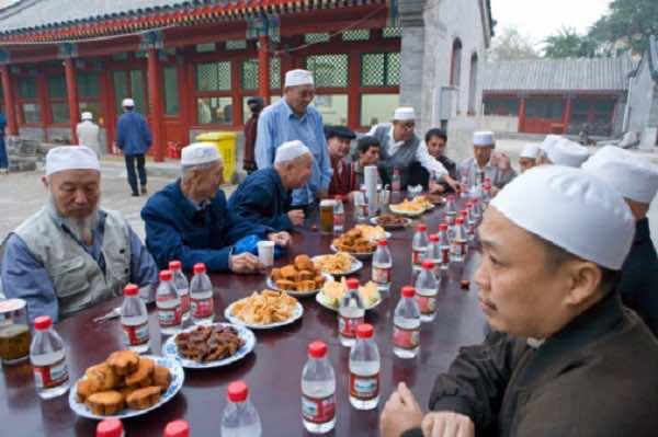 China Bans Muslims from Fasting During Ramadan