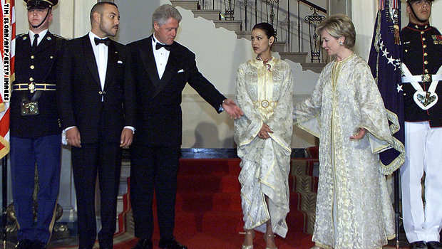 President Bill Clinton, King Mohammed VI, Lalla Meriem, and Hillary Rodham Clinton at a state dinner at the White House in 2000. (Photo credit: Tim Sloan/AFP/Getty Images.)
