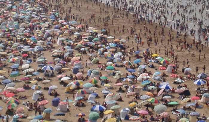 Armed Robbers Attack Beachgoers near Mohammedia