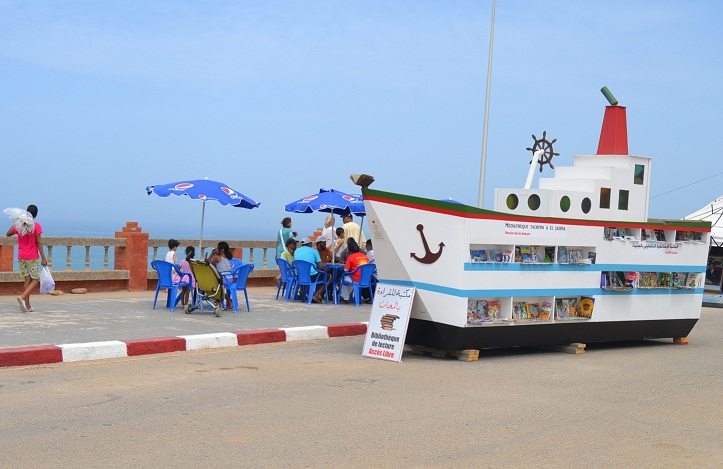El Jadida Inaugurates the First Moroccan Beach Library