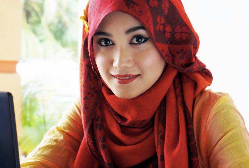 Muslim professional woman