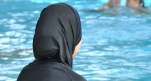 French Mayor Bans Waring Burquni in the Beach