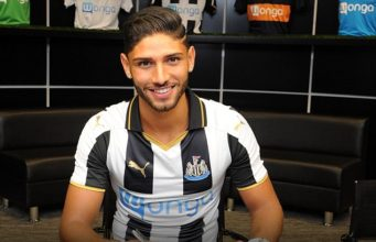 Newcastle United Sign Moroccan Defender Achraf Lazaar