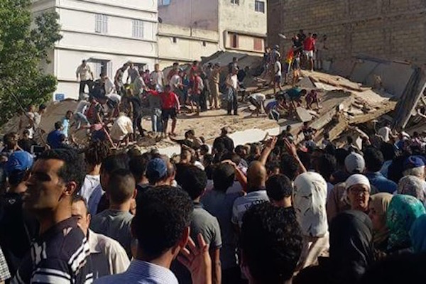 One Killed, 19 Injured in a Building Collapse in Casablanca