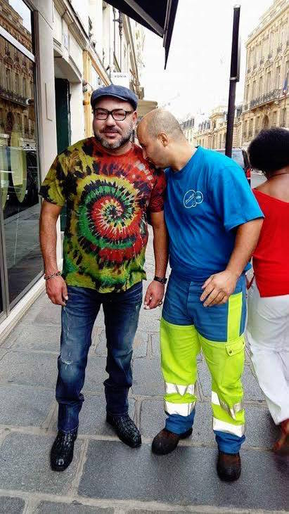 Photo of King Mohammed VI With Moroccan cleaner in Paris Goes